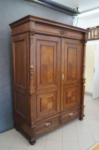 renowacja dębowej szafy, dębowa szafa