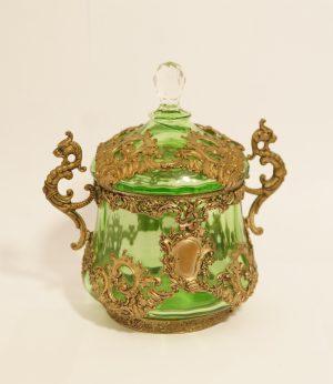 bomboniera z zielonego szkła, antyki