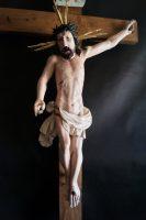 renowacja barokowego krucyfiksu, renowacja krzyża, antyki k&R